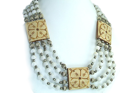 Design 126: white snow quartz chunky necklaces