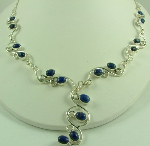 Design 1421: blue lapis lazuli flower necklaces
