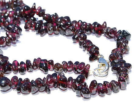 Design 1484: red garnet chipped necklaces