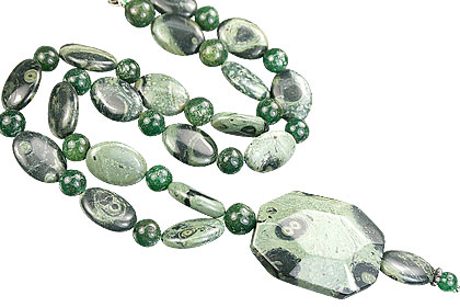 Design 15274: green aventurine necklaces
