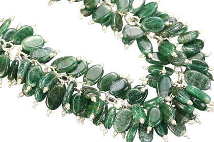 Design 16456: green aquamarine clustered necklaces