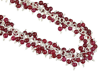 Design 16466: red aquamarine clustered necklaces