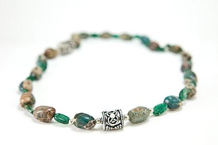 Design 17317: green aventurine necklaces