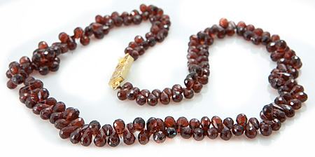 Design 18850: red garnet necklaces