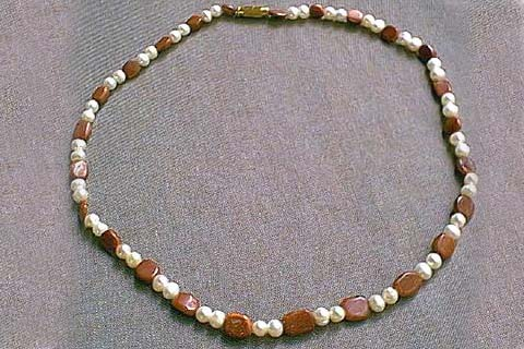 Design 208: brown,white pearl necklaces