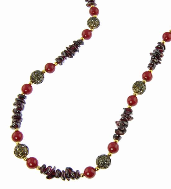 Design 21040: red garnet necklaces
