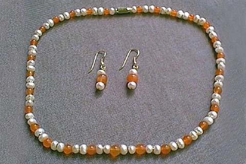 Design 233: orange,white pearl simple-strand necklaces