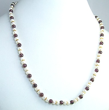 Design 292: red,white pearl simple-strand necklaces
