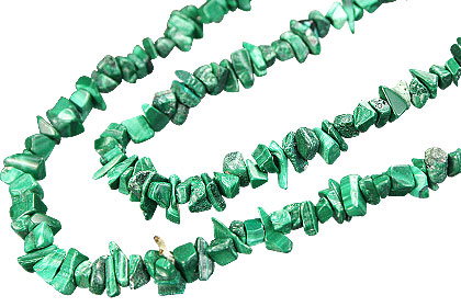 Design 5512: green malachite chipped necklaces