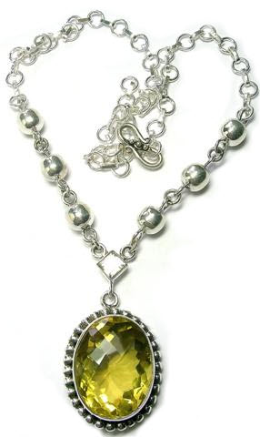 Design 5558: green,yellow lemon quartz pendant necklaces