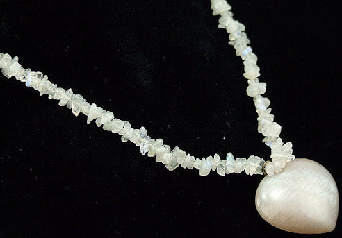 Design 5994: White moonstone chipped necklaces