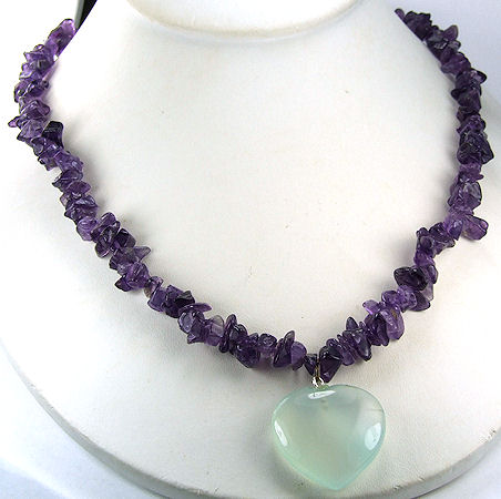 Design 6000: green,purple amethyst chipped, heart necklaces