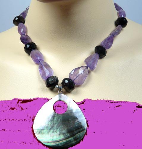 Design 7421: black,multi-color multi-stone necklaces