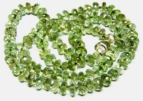 Design 7587: Green green amethyst necklaces