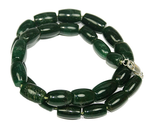 Design 7708: green indian jade chunky necklaces