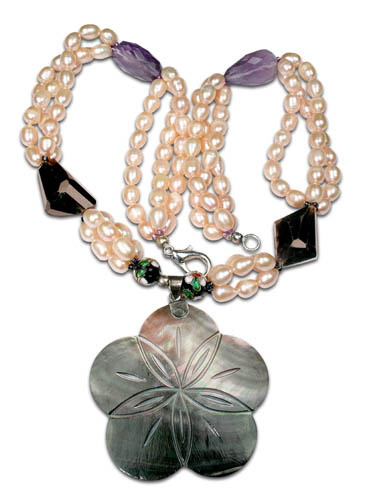 Design 7792: multi-color pearl flower necklaces