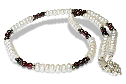 Design 7990: red,white pearl simple-strand necklaces