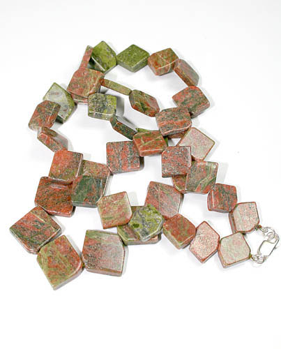 Design 8538: brown,green unakite necklaces