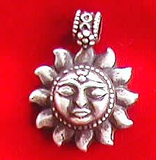 Design 1177: white silver charms pendants
