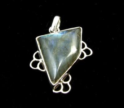 Design 1684: gray,green labradorite pendants