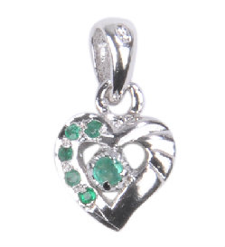 Design 18520: green emerald pendants