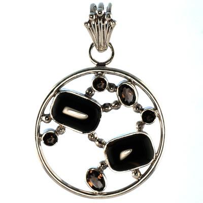 Design 18583: black onyx pendants