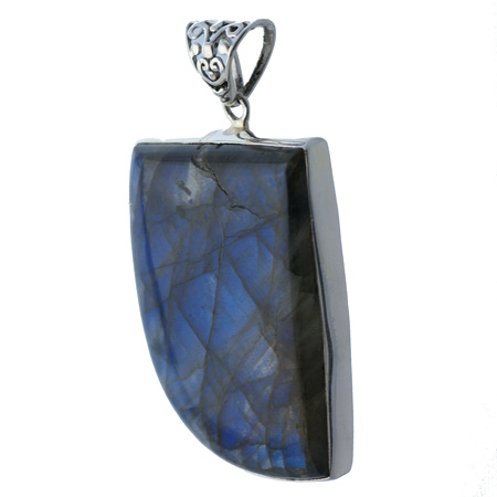 Design 18614: green labradorite pendants