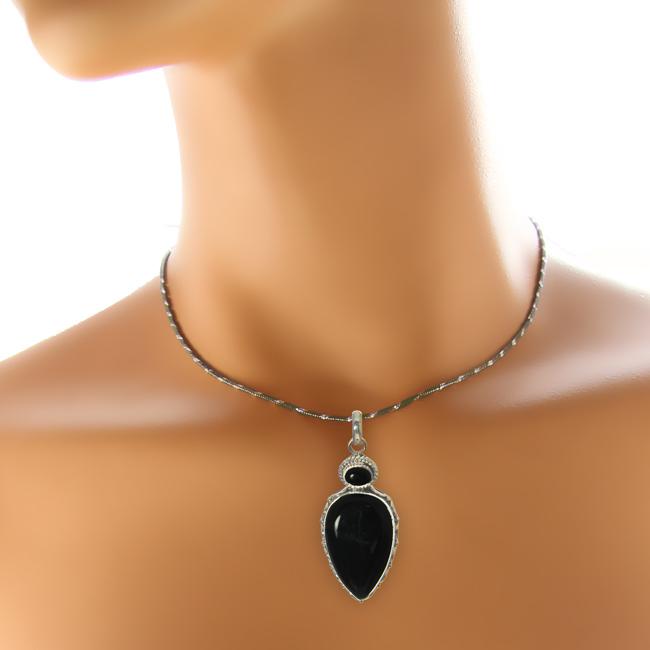 Design 21003: black onyx pendants
