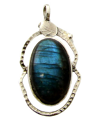 Design 21169: green labradorite pendants