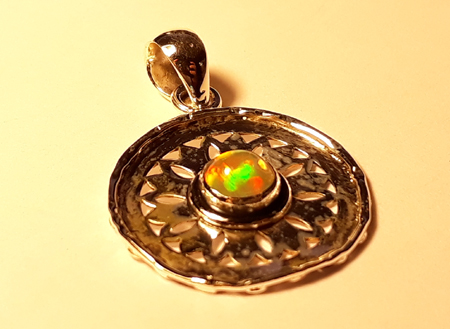 Design 22143: green,orange,yellow opal pendants
