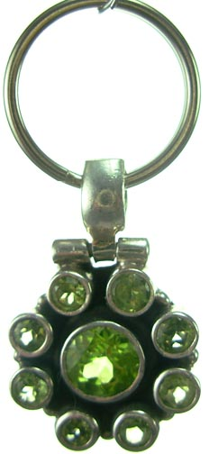 Design 5197: Green peridot pets pendants