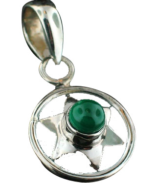 Design 6990: green onyx drop, star pendants
