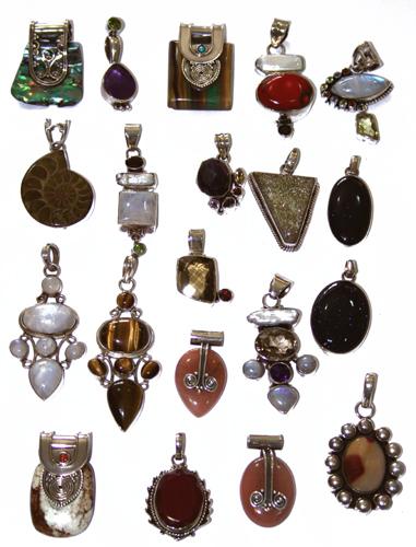 Design 7644: Purple, White, Brown bulk lots pendants