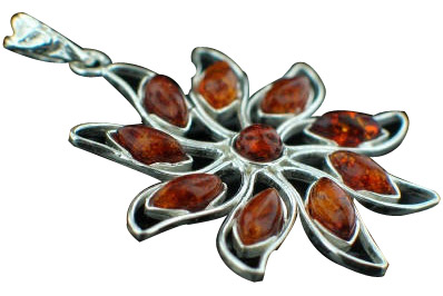 Design 7652: brown,orange amber flower pendants