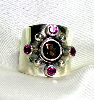 Design 1713: brown,pink smoky quartz rings