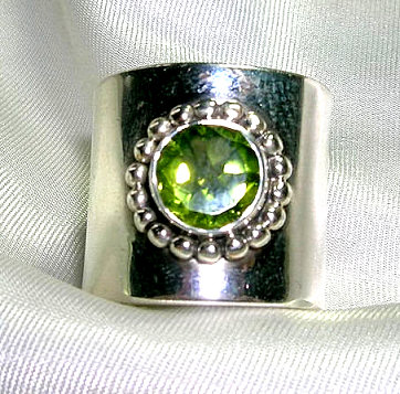 Design 1717: green peridot rings