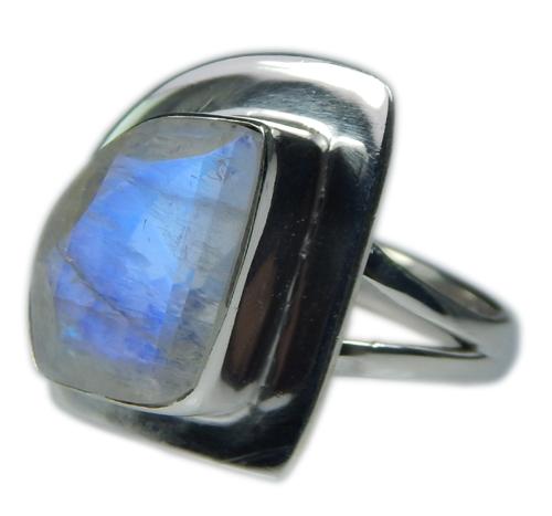 Design 21350: blue,white moonstone rings
