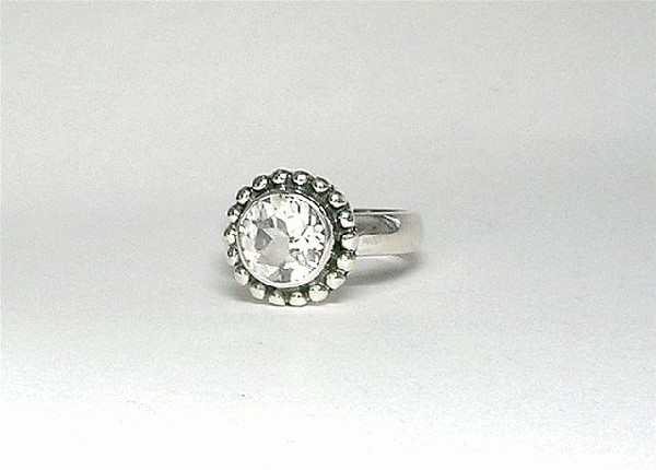 Design 5404: white white topaz rings