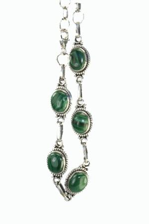 Design 10990: green malachite bracelets