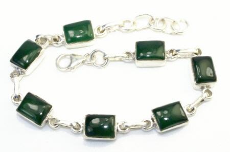 Design 11006: green onyx bracelets