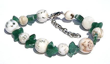 Design 11494: green,white aventurine chunky bracelets