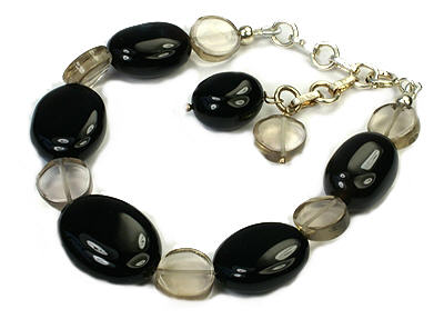 Design 9455: black,white onyx bracelets