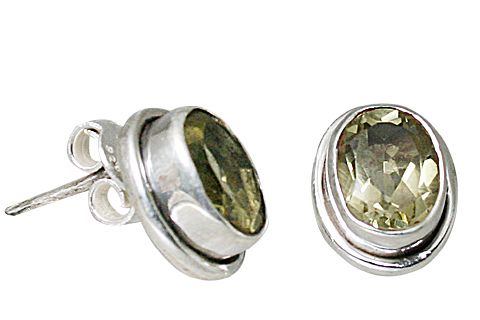 Design 10765: green lemon quartz post earrings