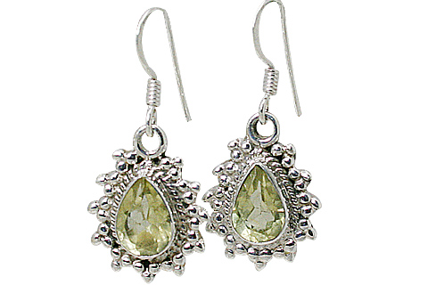 Design 10779: green lemon quartz drop earrings