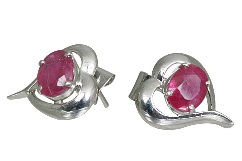 Design 11160: Pink ruby heart, post earrings