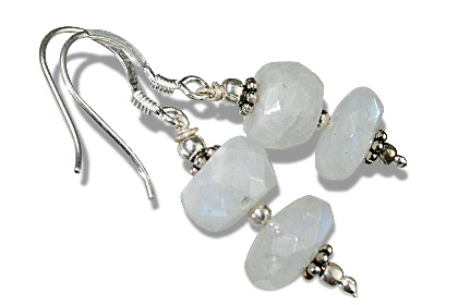 Design 11914: White moonstone earrings