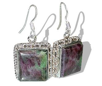 Design 12100: black,green,red zosite american-southwest earrings