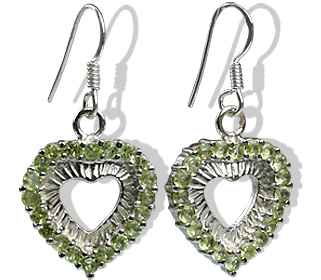 Design 12397: green peridot heart earrings