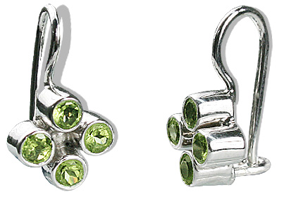 Design 12576: green peridot flower earrings