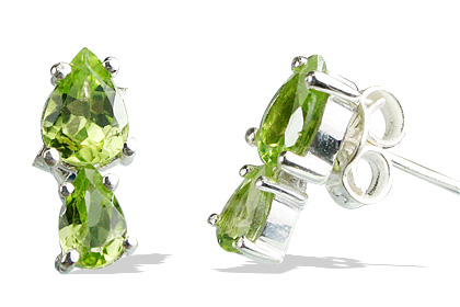 Design 12859: green peridot drop earrings